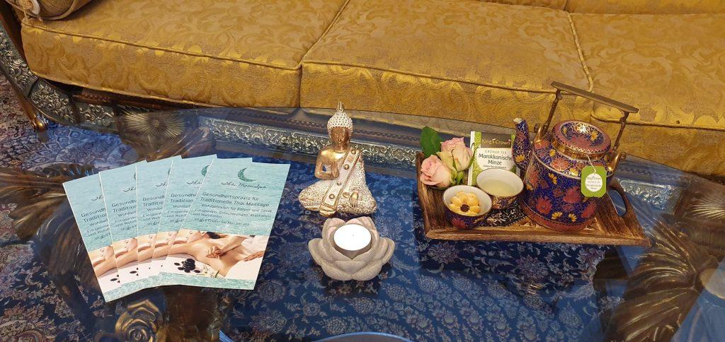 Aromatischen Tee im Anschluss der Massage.